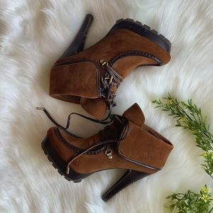 TAN | BROWN | CHESTNUT ANKLE BOOTIE | LACE | GOLD